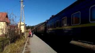 2М62-0996 с пассажирским поездом Рахов - Киев прибывает на ст. Ворохта