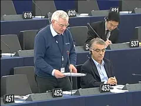 Joe Higgins MEP condemns re-introduction of water charges and promises mass resistance (08-02-10)