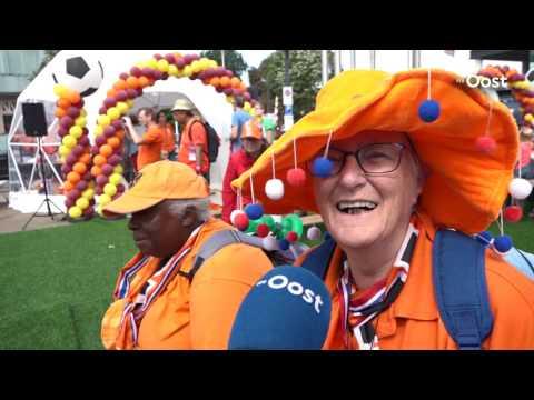Enschede maakt zich op voor halve finale EK met de Oranjeleeuwinnen
