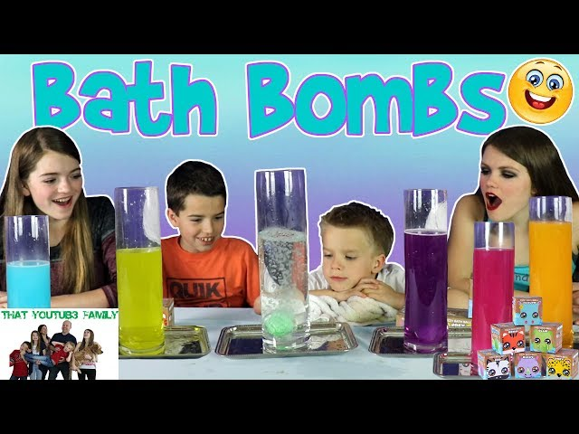 PLAYING WITH BATH BOMBS / That YouTub3 Family