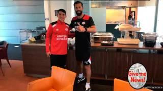 Chuky Lozano recibió tremendo regalo del PSV!