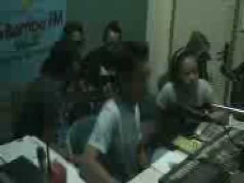 Interview radio @ Labamba FM Tegal 3 bersama t-hijau band.3gp