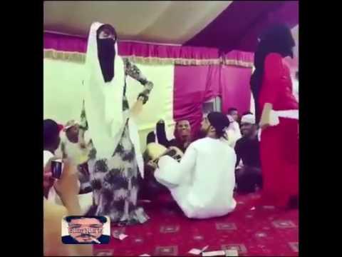 BOIKOKO HOT DANCE (TARIAN PANAS ARAB)