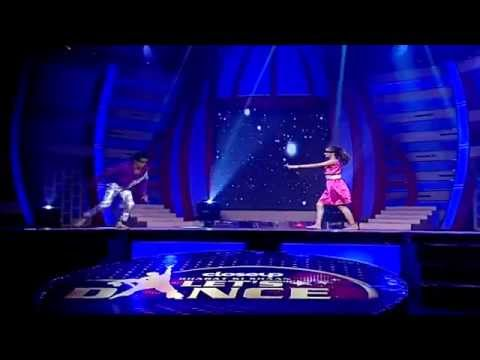 Blindfold Act (Song - Tujhe bhula Diya) by Pankti and Deepak (Bharat ki Shaan - Let's Dance)