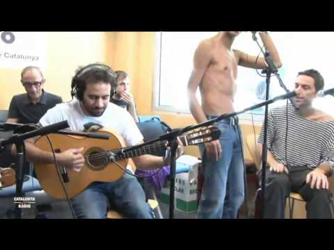 "Paul Fuster en directe a ""El Matí de Catalunya Ràdio"" (18.01.12.) from YouTube · Duration:  5 minutes 4 seconds"