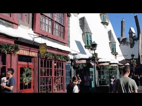 Christmas in The Wizarding World  of Harry Potter Sights & Sounds 2017, Universal Studios Hollywood