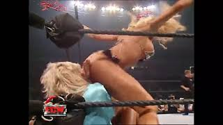 Torrie Wilson Farts on Kelly Kelly