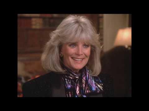 Linda Evans. What did she wear on Dynasty season 5?