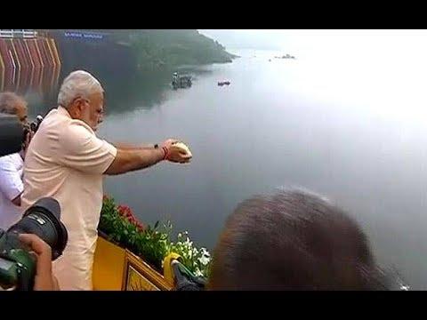 LIVE: Narendra Modi inaugurates Sardar Sarovar Narmada Dam