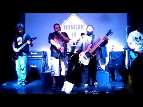 Tributo a korn, Panama city, Hangar 18