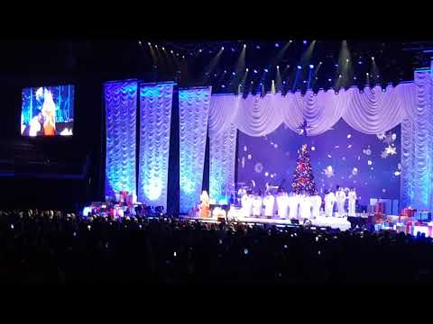 Mariah Carey - Joy to the world (London) 12/12/17