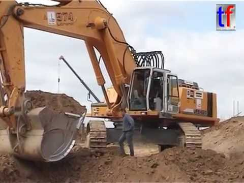 **NEW** Liebherr R974B Loading Dump Trucks / Fa. Max Bögl, B 281 / A 9, Germany, 12.05.2005.