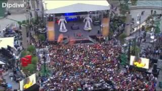 Флэшмоб на выступлении Black Eyed Peas