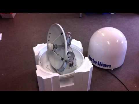 Intellian i4 Marine TV antenna