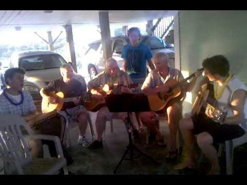 Cody sings The Lion Sleeps Tonight - Beach 2010