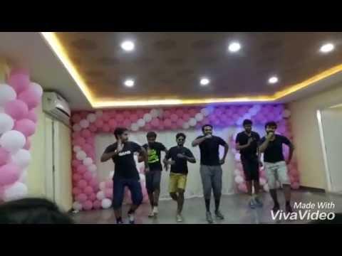 2011 batch party, funny dance, Navodaya dental college, raichur