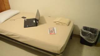 My $135 Hotel Room in Downtown Boston.... Ughhh!