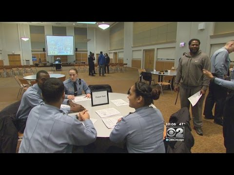 Amid Increased Scrutiny, Chicago Police Department Looks To Add New Recruits
