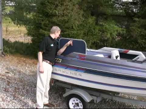 *SOLD* 1987 Bayliner 1400 Bass boat - 26368