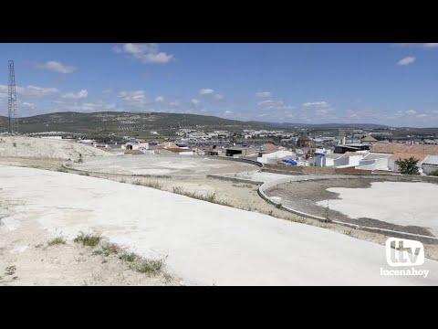 VÍDEO: Vox denuncia deficiencias en los depósitos de agua que están causando daños a viviendas de la calle Mires