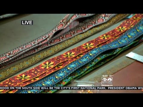 vintage-fabric-+-recycled-seatbelts-=-souldier-guitar-straps