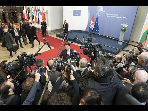 Punto stampa del Presidente Conte al termine del Consiglio Europeo straordinario