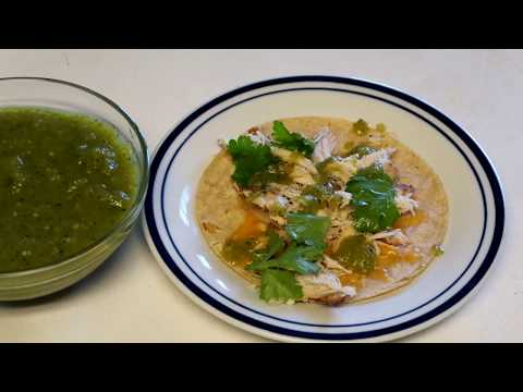 authenthic tacos and green salsa