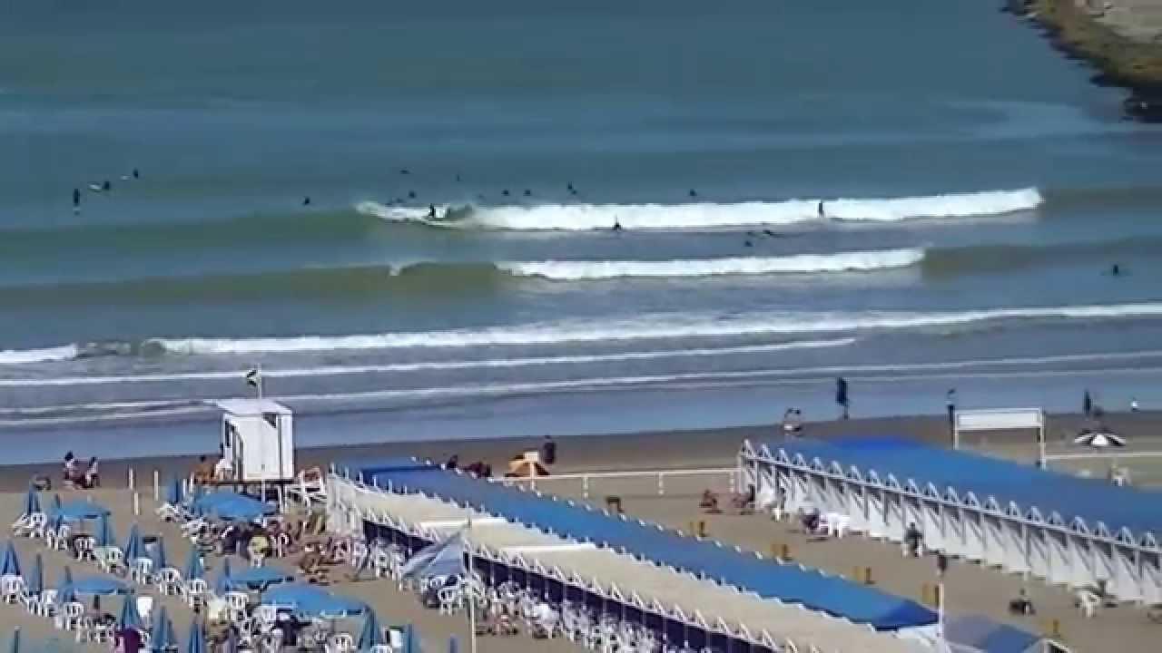 Playa Grande Con Surf En Mar Del Plata Argentina Youtube