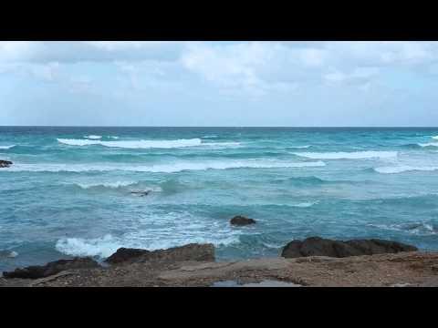 Day 5 Socotra - waves