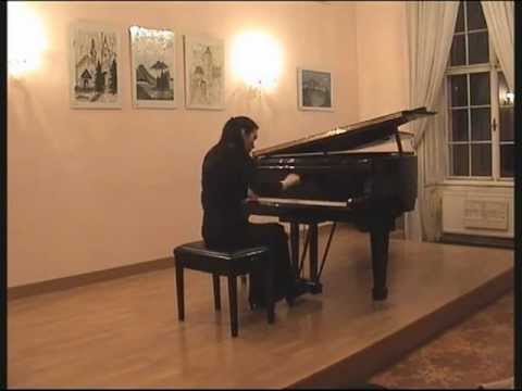 Susanna Artzt plays Mozart: 3rd movement of the sonata in F major K 332