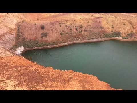 Exploring Old Gold Mines and Relic Hunting at Sandstone, Western Australia