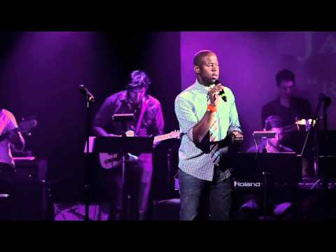 """Marcus Paul James- """"Rehab"""" at Broadway Sings Amy Winehouse"""