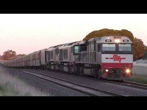 4K - Freight Trains - SCT Logistics MB9 / BM9 Intermodal Trains at Airport West