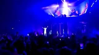 Tinie Tempah ft Labrinth its ok, demonstration tour O2 Live