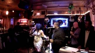 """ Blurred Lines / Got To Give It Up "" Medley "" Feat. Tonia Ray @ The Robin"