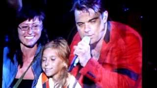 Robbie Williams - She