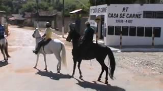 Procissão com cavalgada e carreata trazendo a imagem de São Sebastião. Parte 2 thumbnail