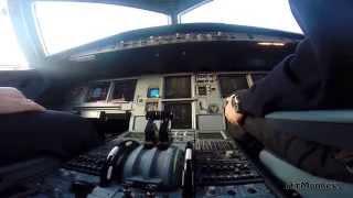 Airbus A320 Frankfurt (FRA) - Berlin (TXL) Cockpit & Pilot´s view GoPro HD