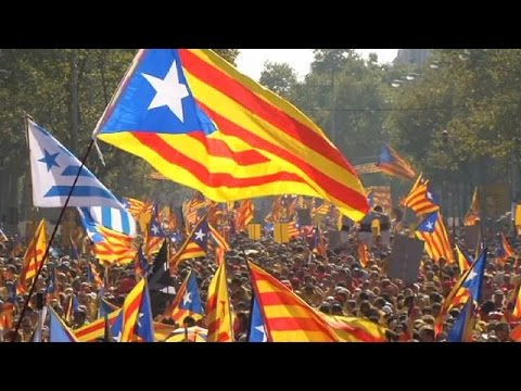 Thousands rally in support of Catalan independence campaign