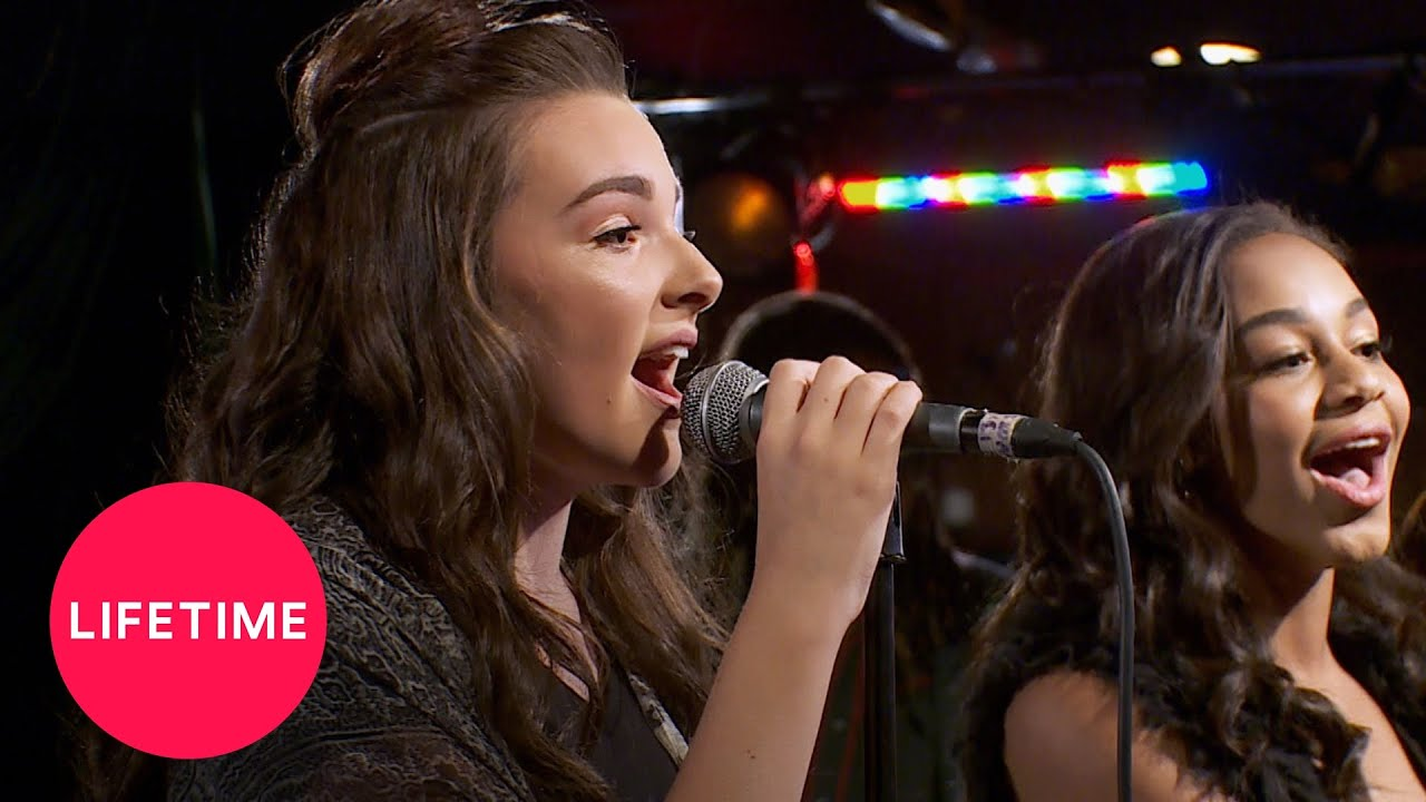 Download Dance Moms: Abby Appears at Nia and Kendall's Performance (Season 6 Flashback)   Lifetime