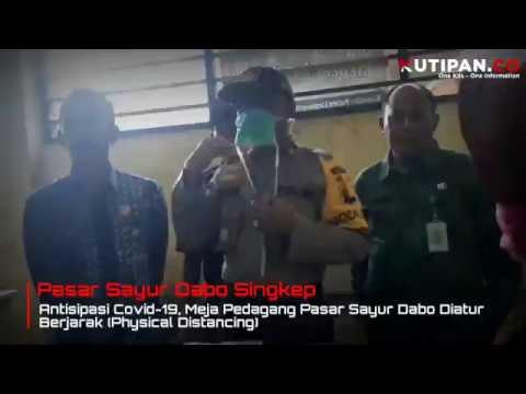 Covid19 : Meja Pedagang Pasar Dabo Singkep Diatur Berjarak (Physical Distancing)