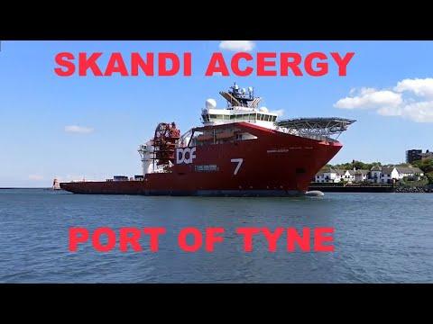 Offshore ROV Support Ship Skandi Acergy Enters Port of Tyne (Newcastle)