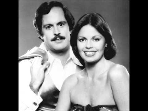 Captain and Tennille - Muskrat Love (Reversed).