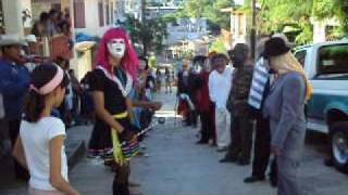 """Xantolo Tantoyuca 2009 Cuadrilla Rastro DIF """"1 de Noviembre""""."""