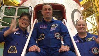Экипажи провели контрольный осмотр ТПК «Союз МС-07»