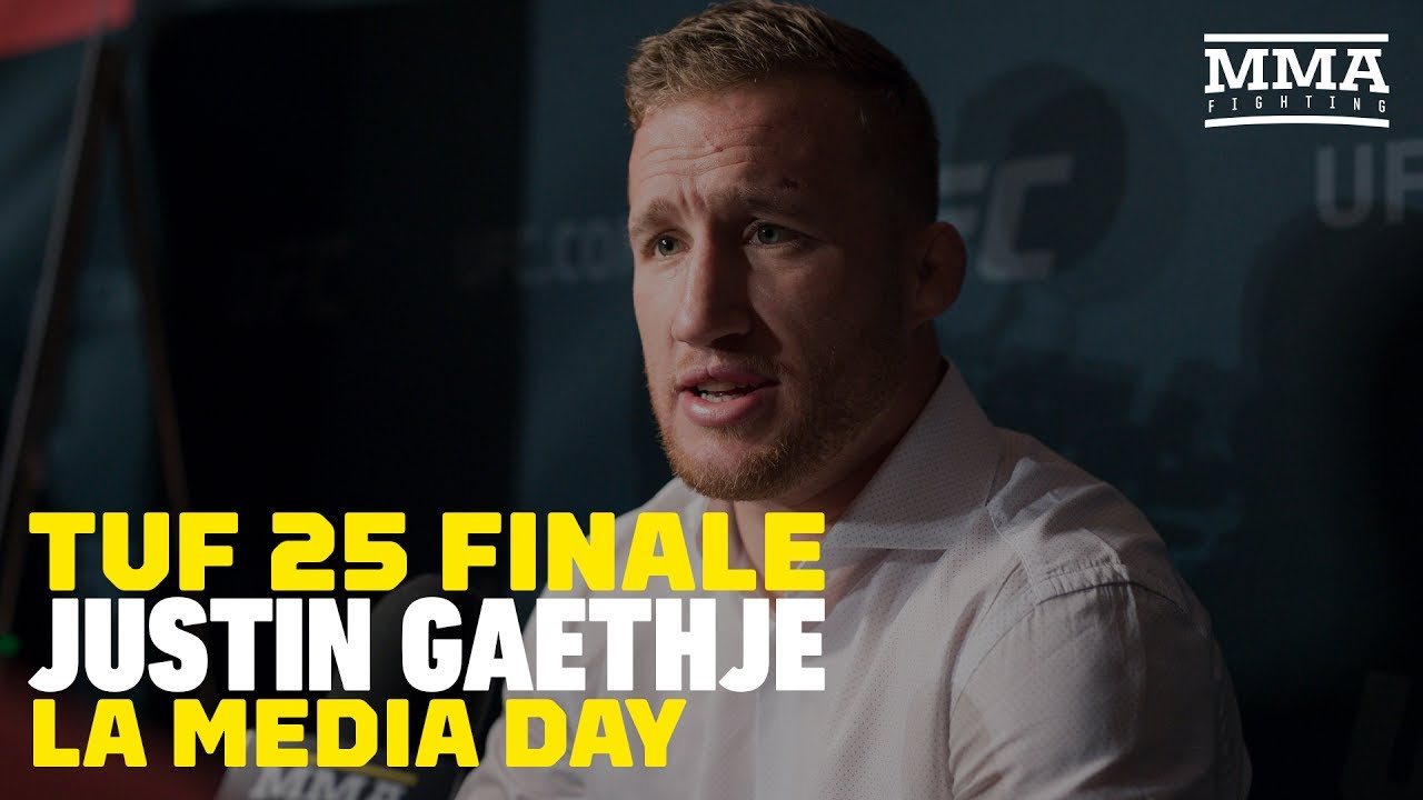 justin gaethje: michael johnson will look like 'big ass' when i