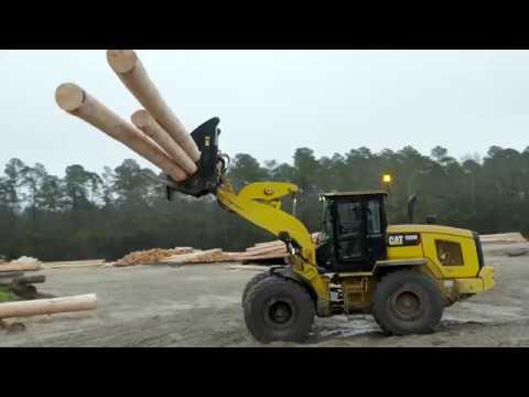 Cat® 938M Small Wheel Loader Customer Story – South Carolina Pole & Piling (Columbia, SC)