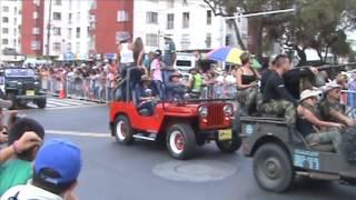 Desfile de carros clásicos y antiguos Feria de Cali 2015 (2)