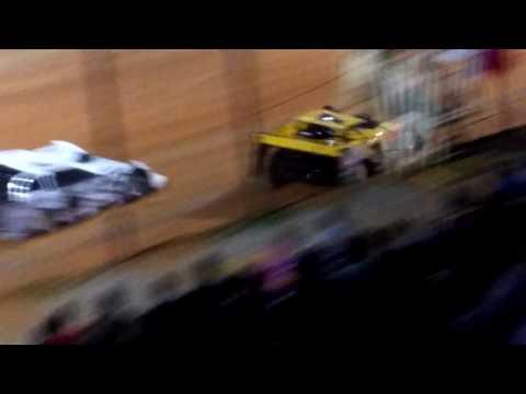 Heat race 3 @ ponderosa speedway for the Schaeffer oil spring nationals
