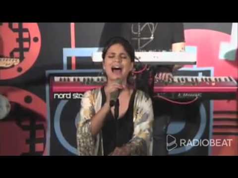 Aline Barros - Casa do Pai (Ao Vivo - RADIOBEAT)